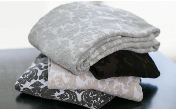 Comphy Damask Knit Blanket