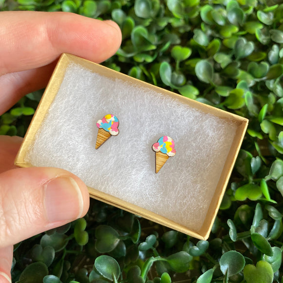 Ice Cream Cone Earrings. Rainbow Ice Cream Earrings. Strawberry Ice Cream Earrings. Ice Cream Love. I love Ice Cream. Hand Painted Earrings.
