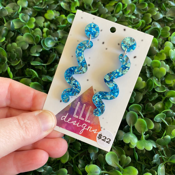 Baby Blue Confetti Wiggle Dangle Earrings. The Perfect Size :)
