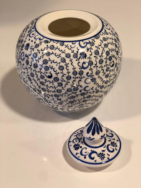 "SMALL ROUND TURKISH CERAMIC SHELF DECOR VASE, 16 cm (6.2""), WHITE AND BLUE"