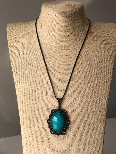 HANDMADE TURKISH CERAMIC NECKLACE, TURQUOISE