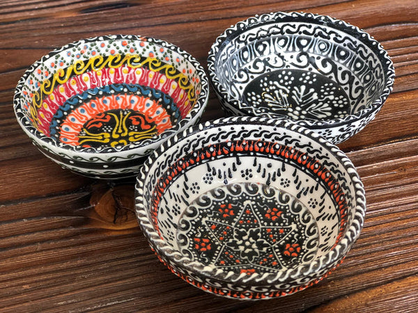 "TURKISH CERAMIC BOWL SET OF THREE, 5 cm (1.9""), 003"