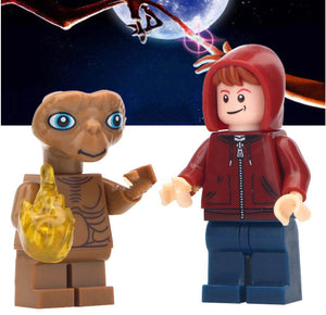 Set of 2 Smart Alien custom brick figures