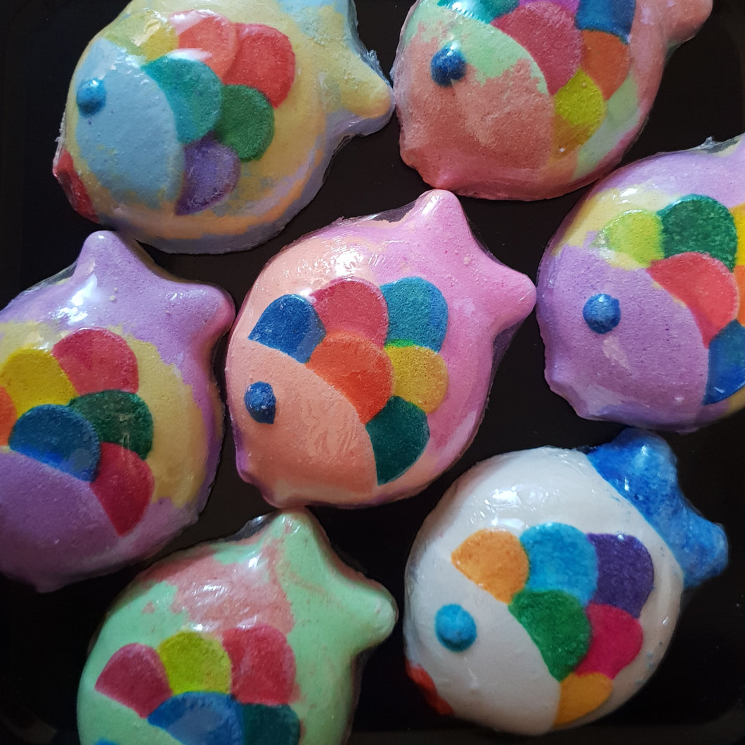 Rainbow Fish Bath Bomb