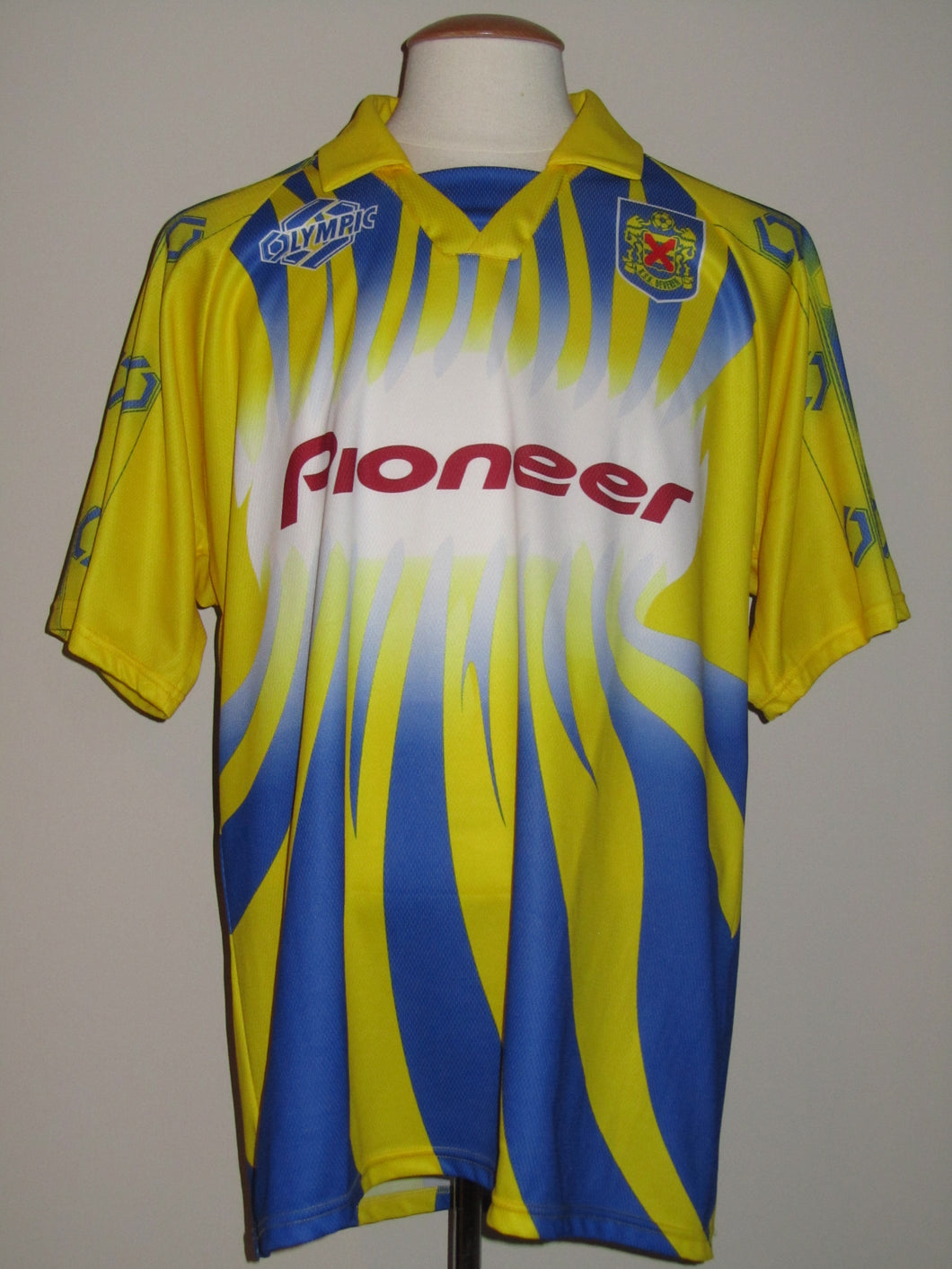 KSK Beveren 1999-00 Home shirt