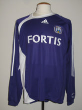 Load image into Gallery viewer, RSC Anderlecht 2006-07 Home shirt #7 Meme Tchité