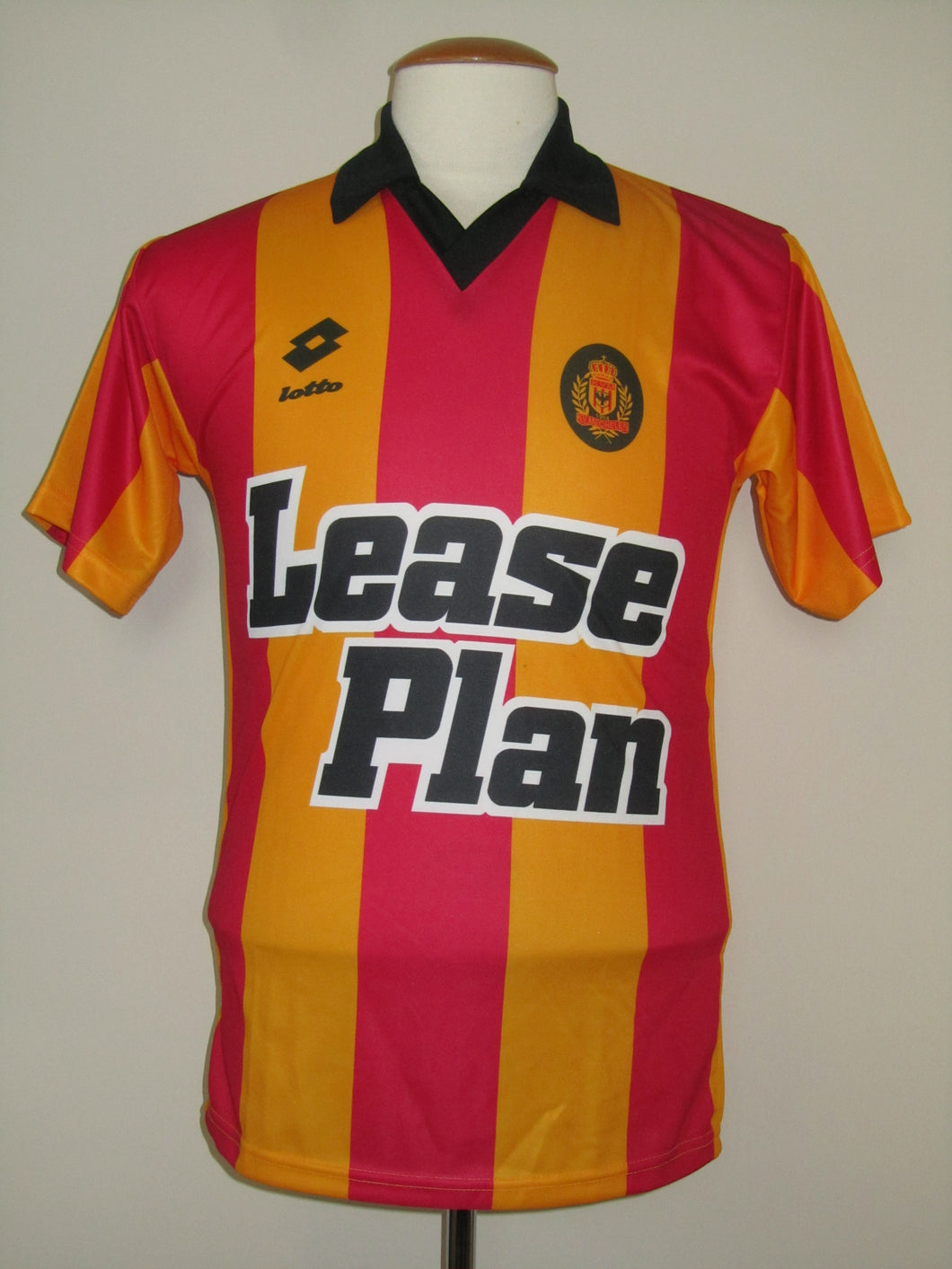 KV Mechelen 1993-94 home shirt