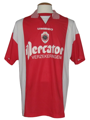Royal Antwerp FC 1996-97 Home shirt XL