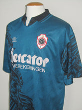 Load image into Gallery viewer, Royal Antwerp FC 1996-97 Away shirt XL