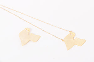 LW018  Kuwait map gold accessories