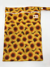 Load image into Gallery viewer, Sunflower Bottoms Wet Bag - Sunflowers