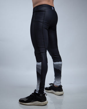 Mountain Printed Tight Black
