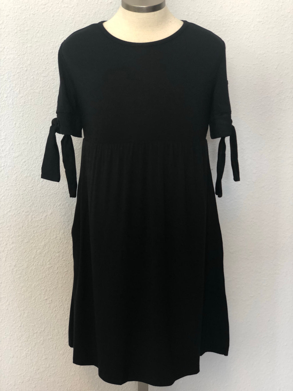 K SOLID MIDI DRESS