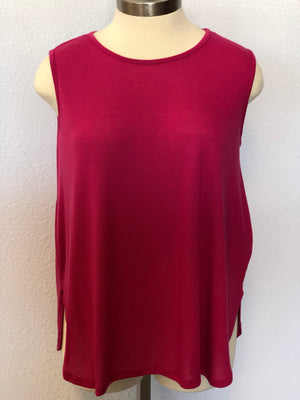 PLUS SOLID SLEEVELESS TANK TOP