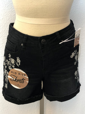 FLORAL EMBROIDERY SHORT