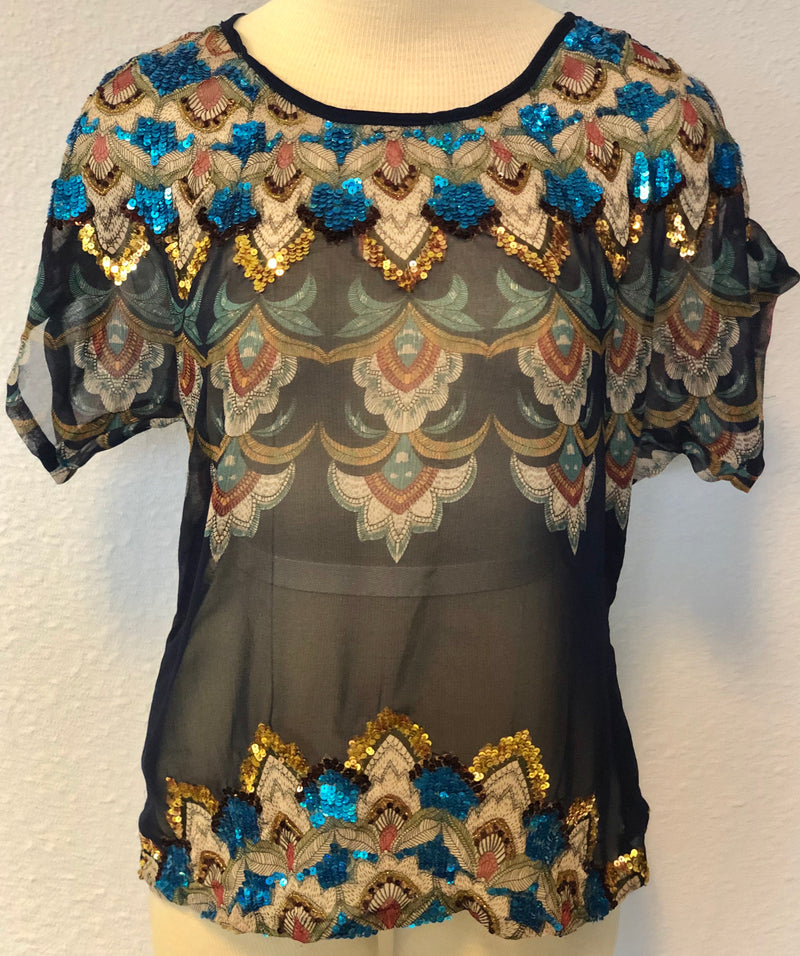 SS SEQUIN ACCENTED TOP