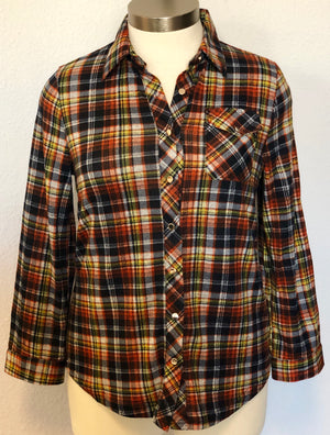 PLAID LONG SLEEVE BUTTON UP SHIRT
