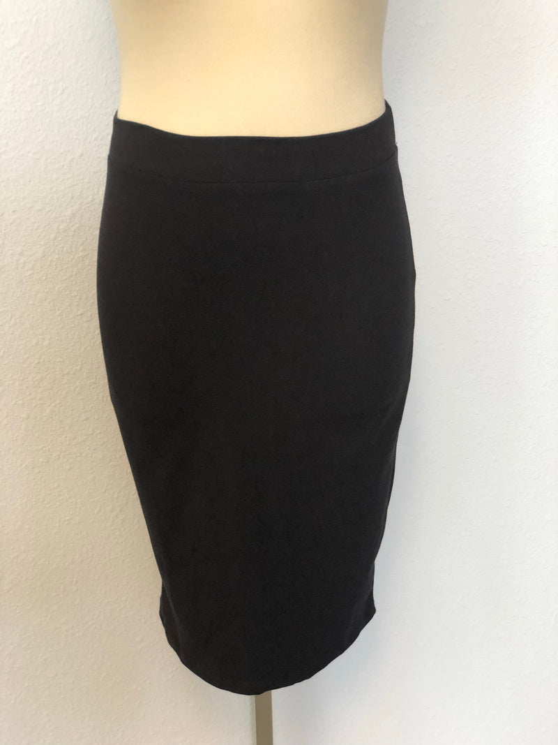 PLUS KNEE LENGTH SKIRT