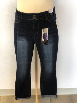 PLUS SIZE HIDE YOUR MUFFIN TOP ANKLE JEANS