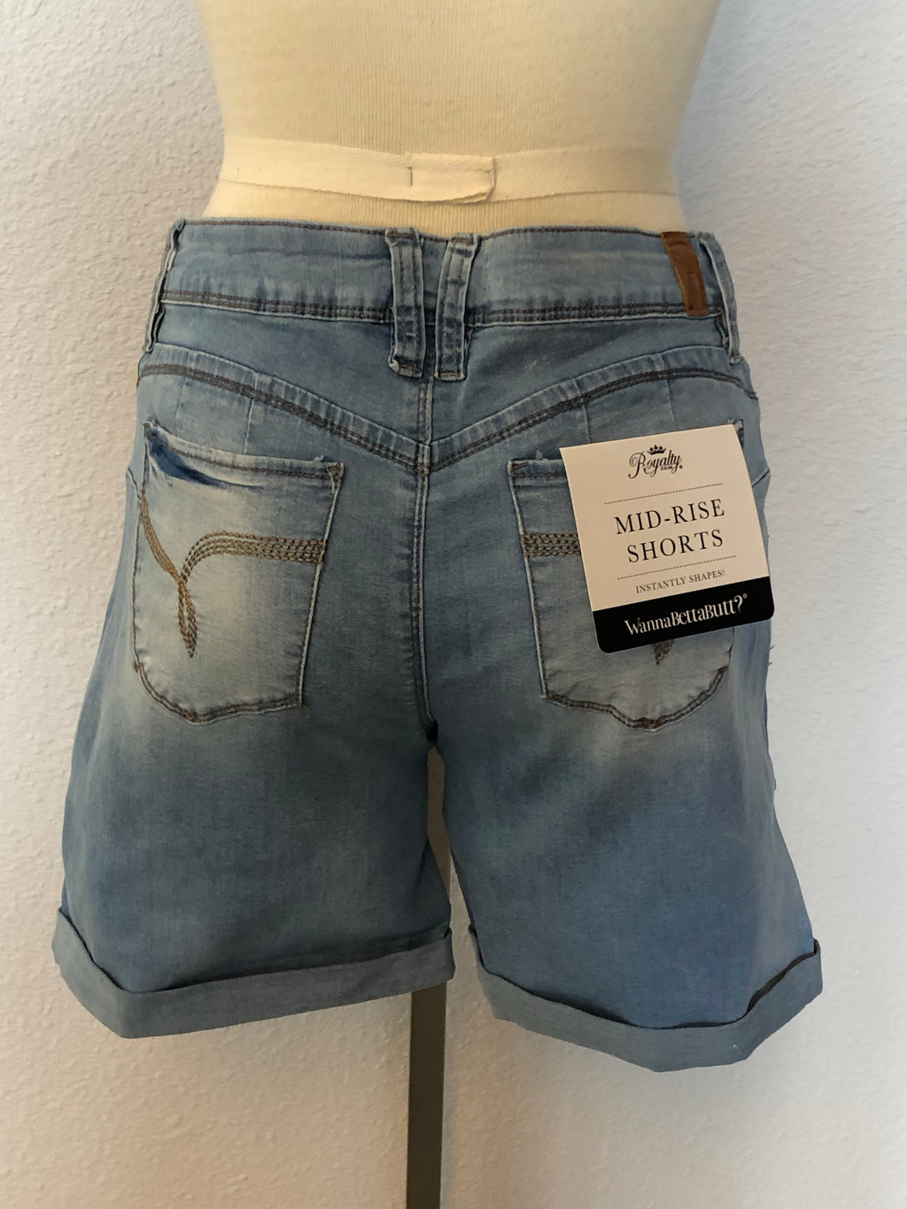 WANNABETTABUTT DENIM CUFFED SHORTS