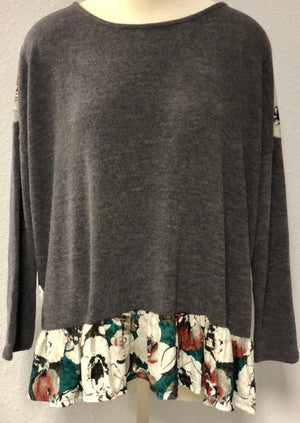 FLORAL BACK SWEATER