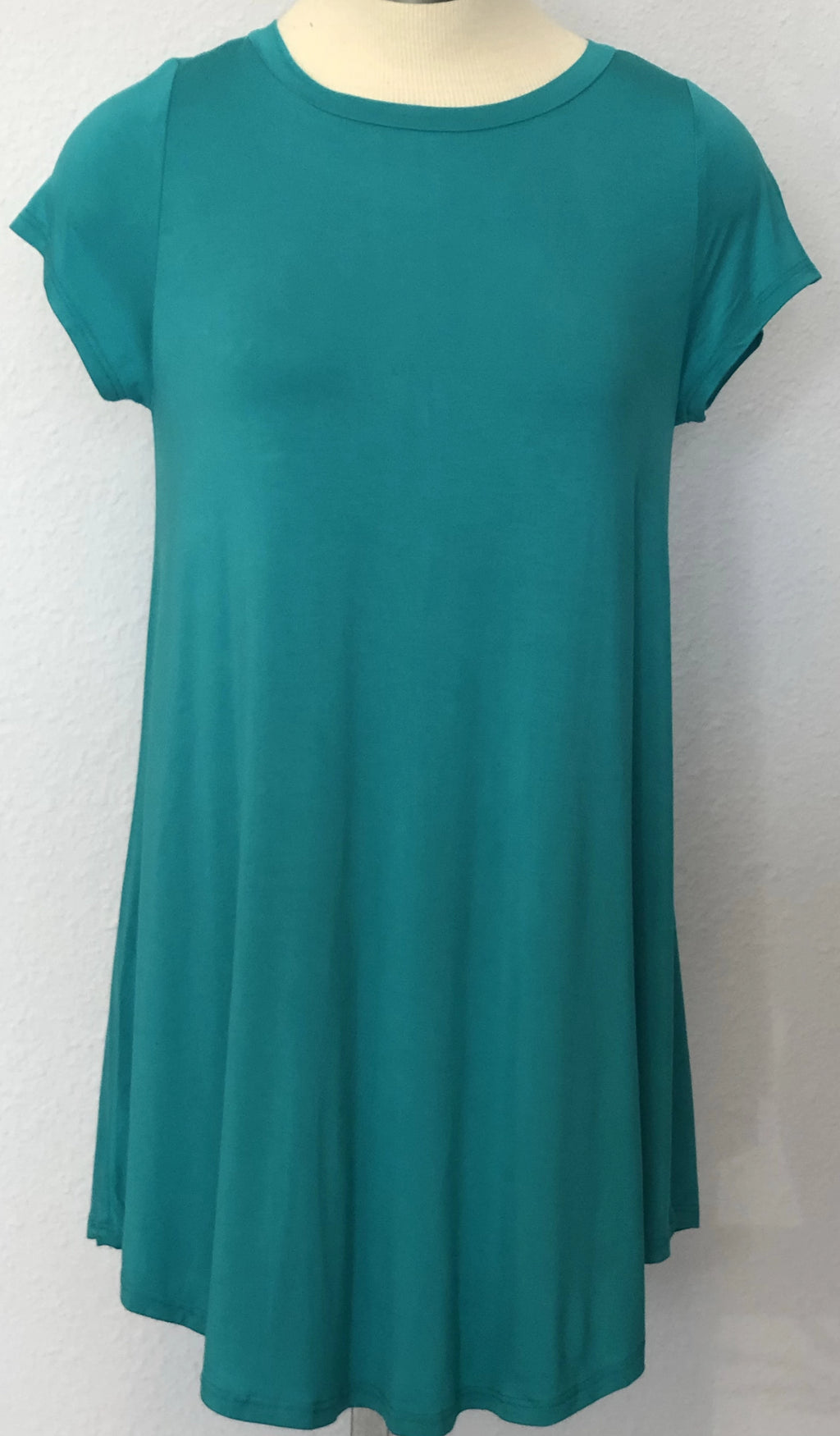 SOLID C-NECK TUNIC