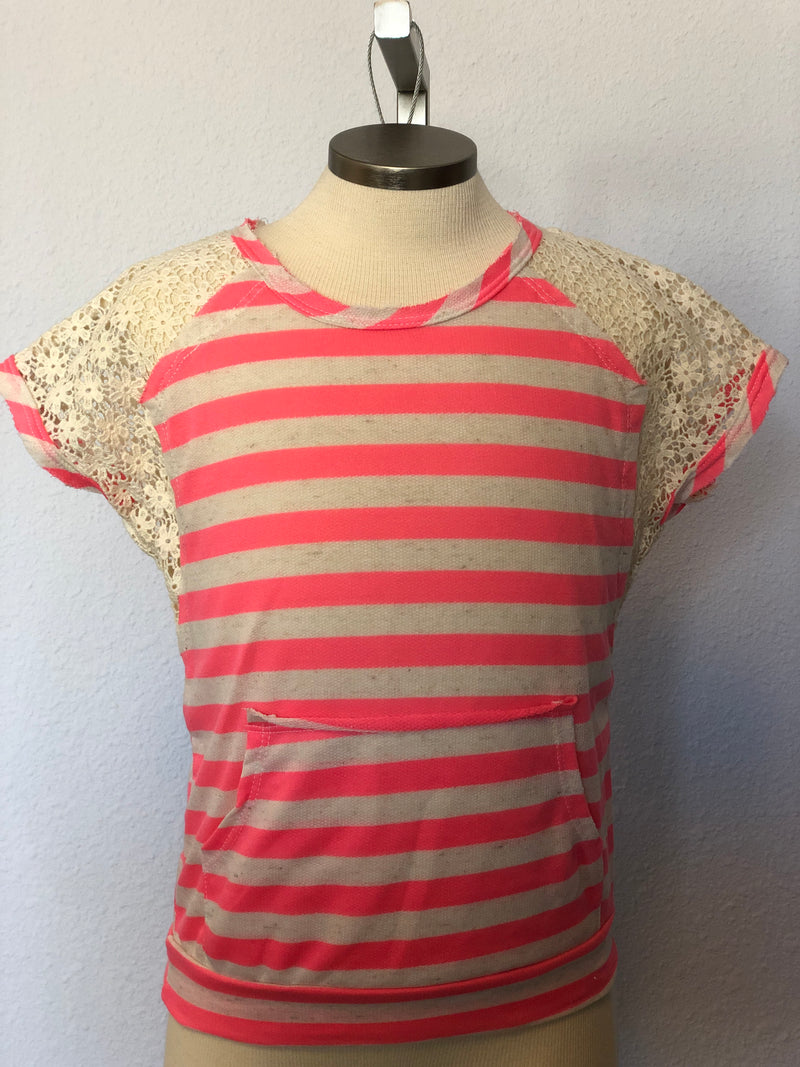 K STRIPED LACE TOP