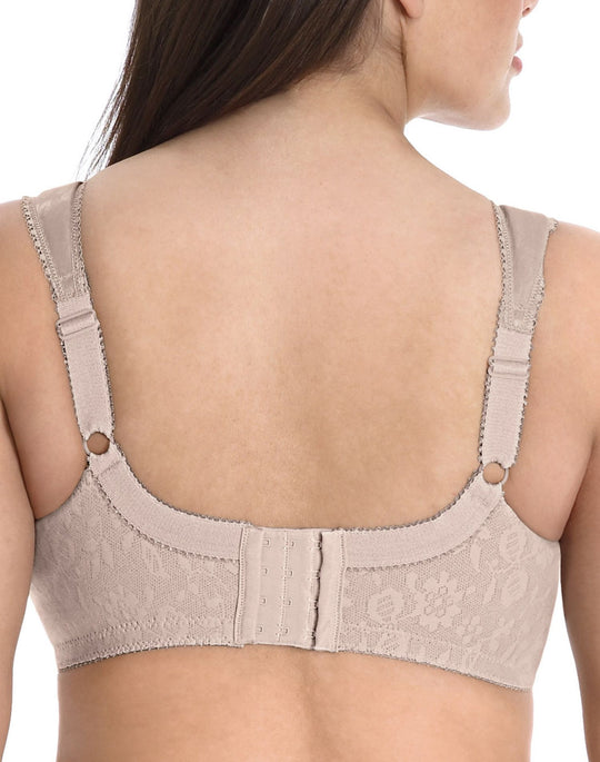 Playtex Women's 18 Hour Original Comfort Strap Bra #4693