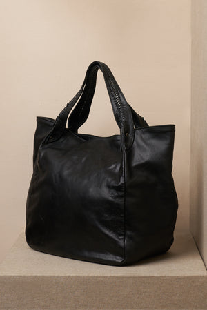annie black leather bag