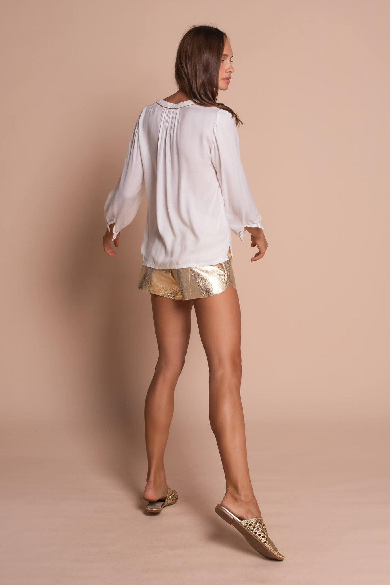white heather shirt side