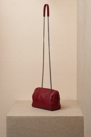 jessica bag red side