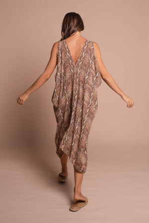 megan kaftan back