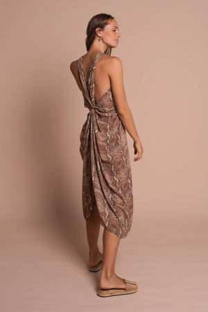 megan kaftan back3