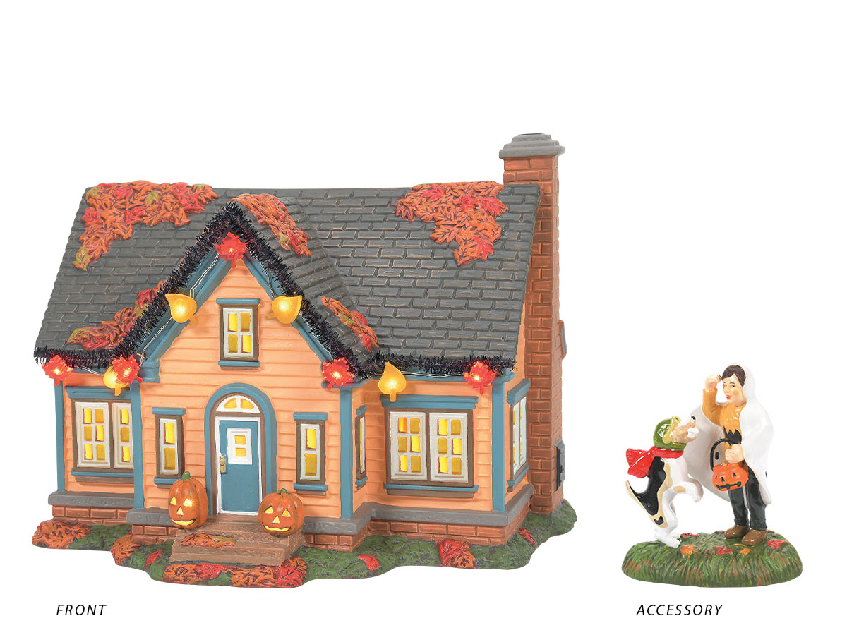 Trick or Treat Lane with Peanuts lit building with Snoopy's Treat, No Tricks accessory