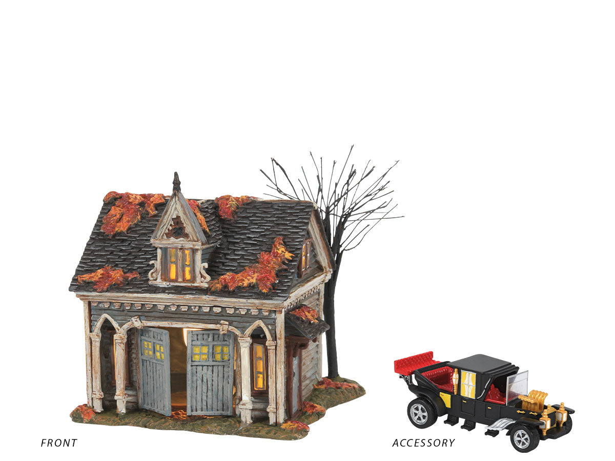 The Munster Carriage House lit building with The Munster Koach accessory
