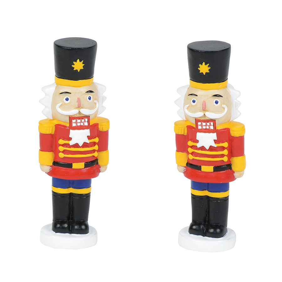 Lit Nutcracker Yard Decor