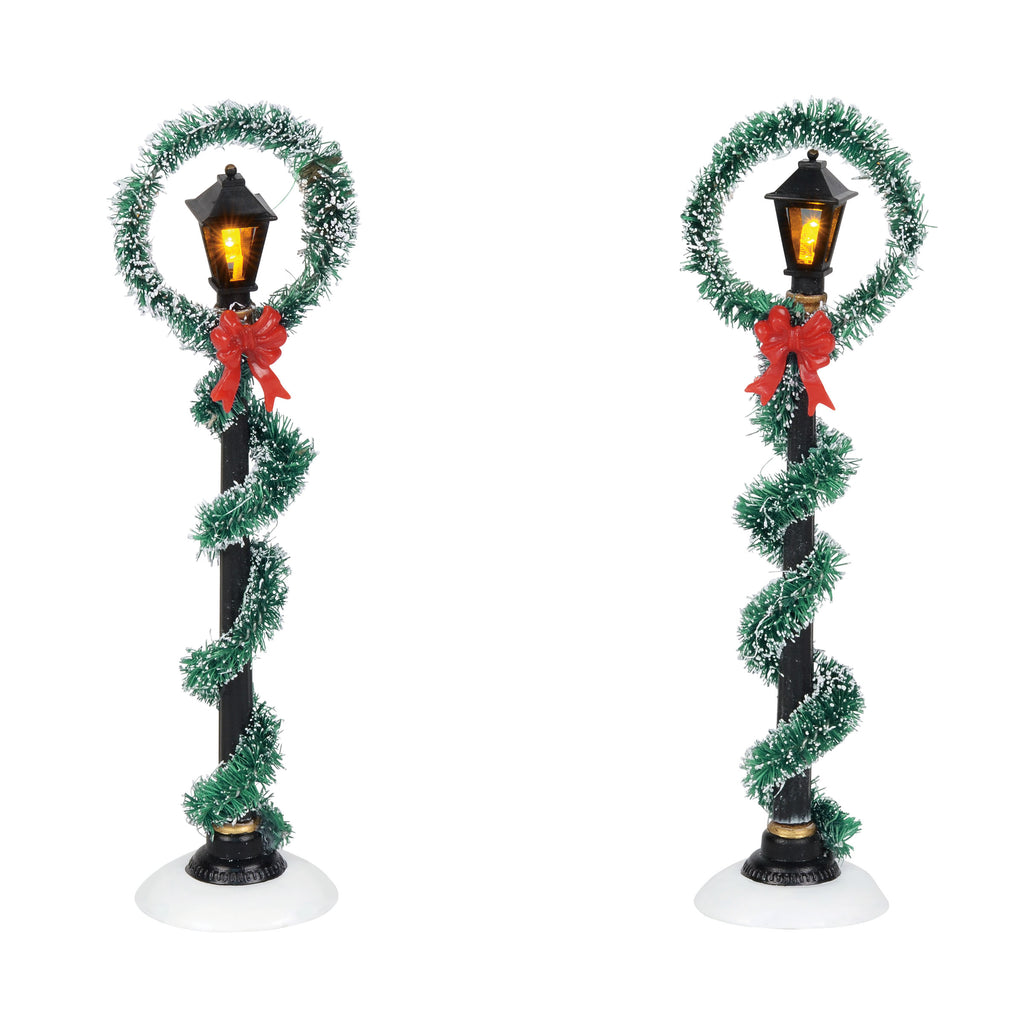 Christmas Wreath Street Lights
