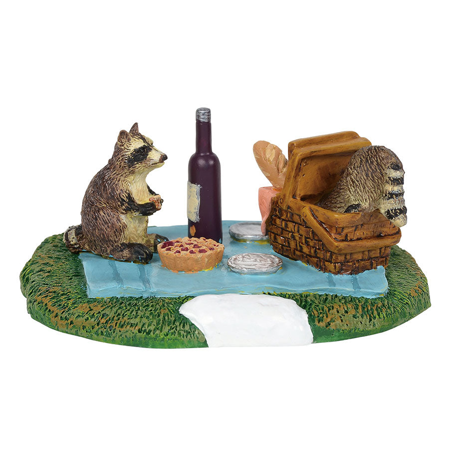 Woodland Raccoon Picnic