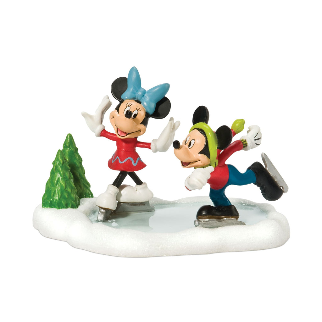 Mickey & Minnie Go Skating