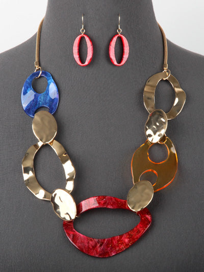 Linked Lucite & Hammered Metal Fashion Necklace Earrings  Set