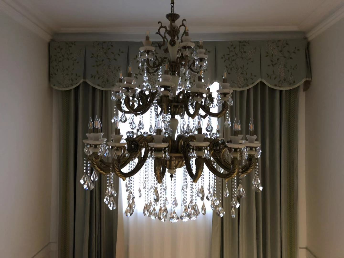 Birdcage crystal chandelier / StairCass / High ceiling / Long Chandelier / Crystal Chandelier / melbourne chandelier / K9 Crystla / Sovosiky Chandelier / 8 Arms Chandelier / 6 Arms/ arms / Candles / Crystal Chandelier Extra large / Jade and Crystal Chandelier