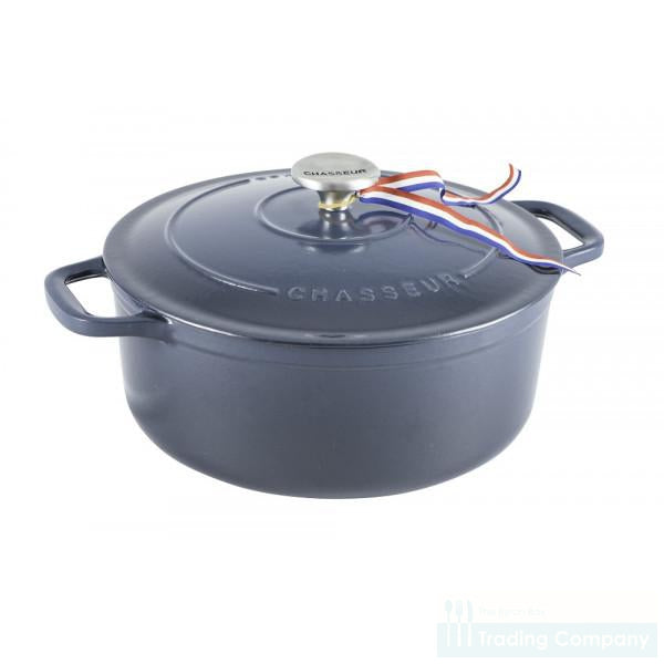Chasseur Round French Oven 24cm Licorice Blue