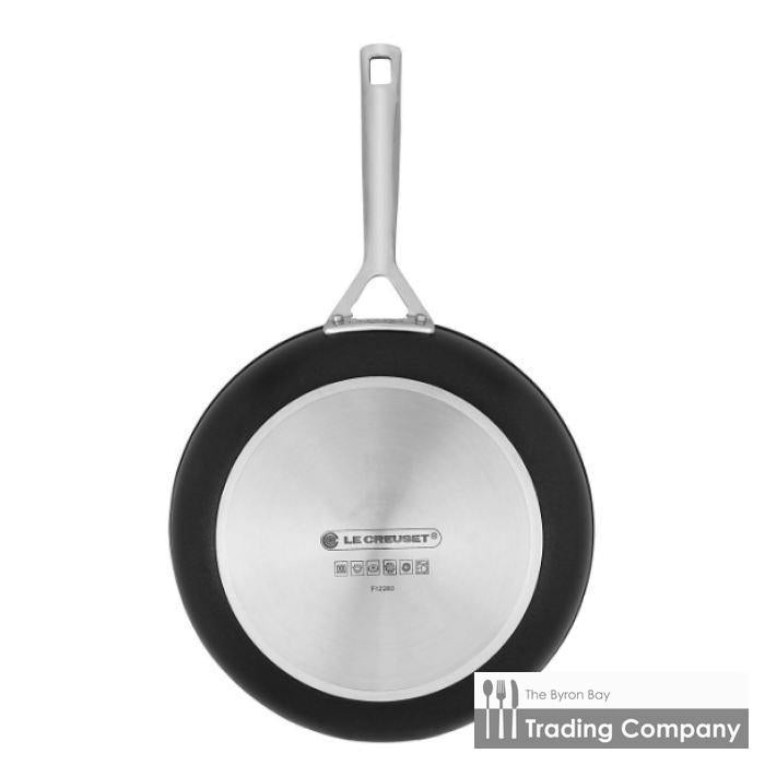 Le Creuset Toughened Non Stick Shallow Frypan 24cm-Byron Bay Trading Company