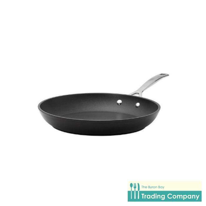 Le Creuset Toughened Non-Stick Shallow Frypan 30cm-Byron Bay Trading Company