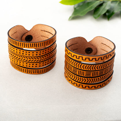Line & Dot Leather Cuff