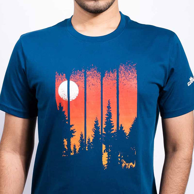 Trees and Wolf Men's T-shirt - Gods Exclusive Collection - RoadGods