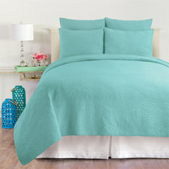 Tranquil Waves Quilt Set