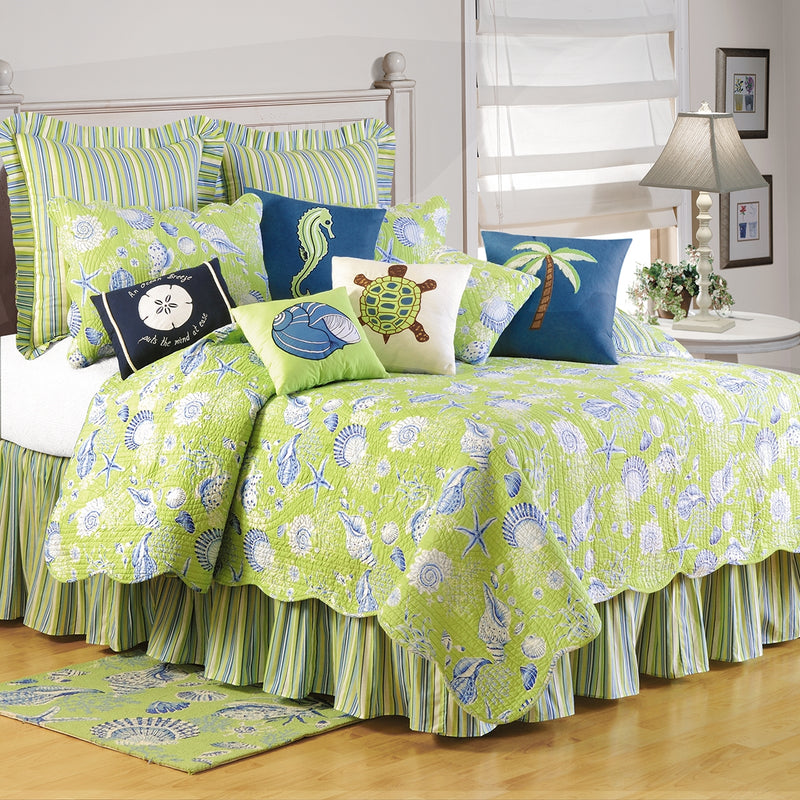Green Shells Twin Quilt