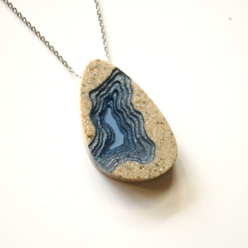 Chasm Necklace
