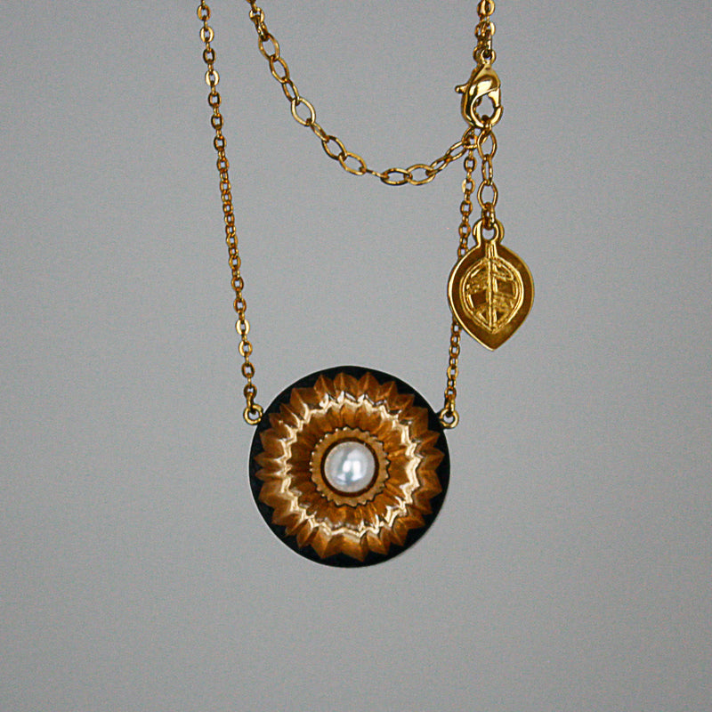 Lopha Necklace